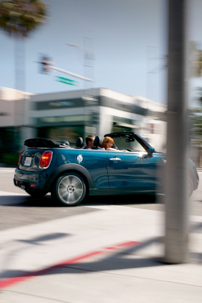 MINI Cabrio Sidewalk Edition.